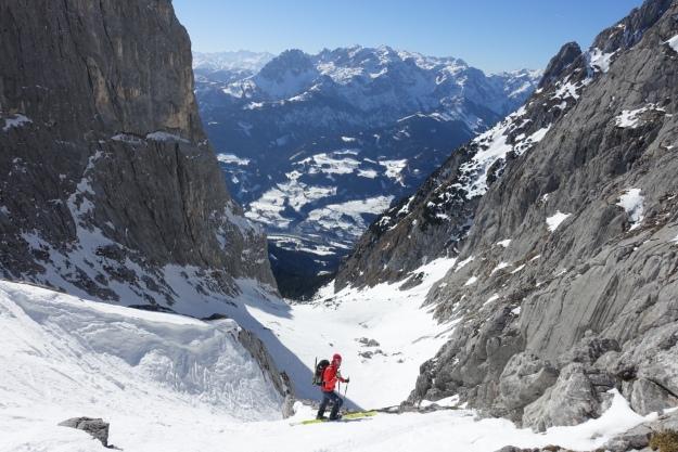 Entering the steep valee behind Fieberhorn